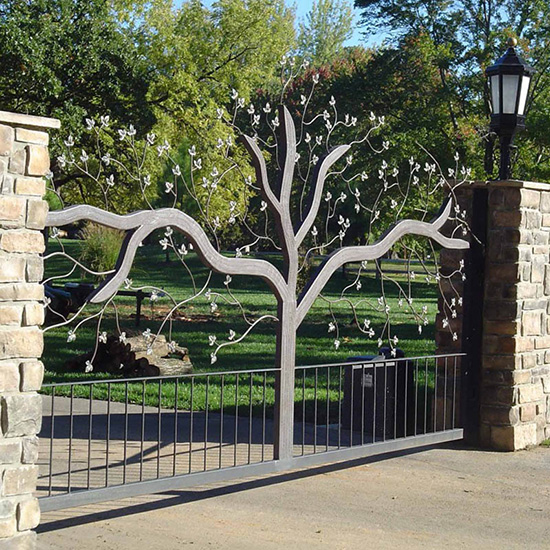 How To Maintain Wrought Iron Gates