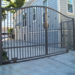 Simple Wrought Iron Gate For Subdistrict Or Industrial Park